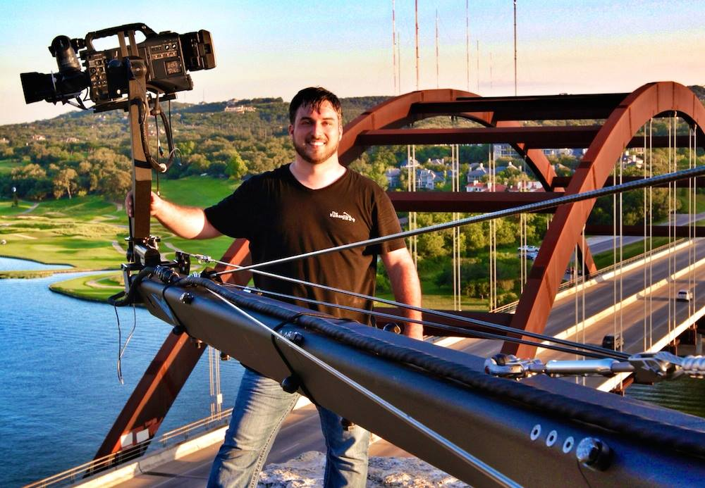 jib operator in austin - jib overlooking austin 360 bridge></a></td> </tr> <tr class=