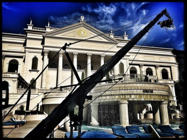 Shooting at #cesarspalace for #entertainmenttonight with our 24ft #jimmyjib #cameracrane